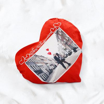 Kalpli Kırmızı Yastık